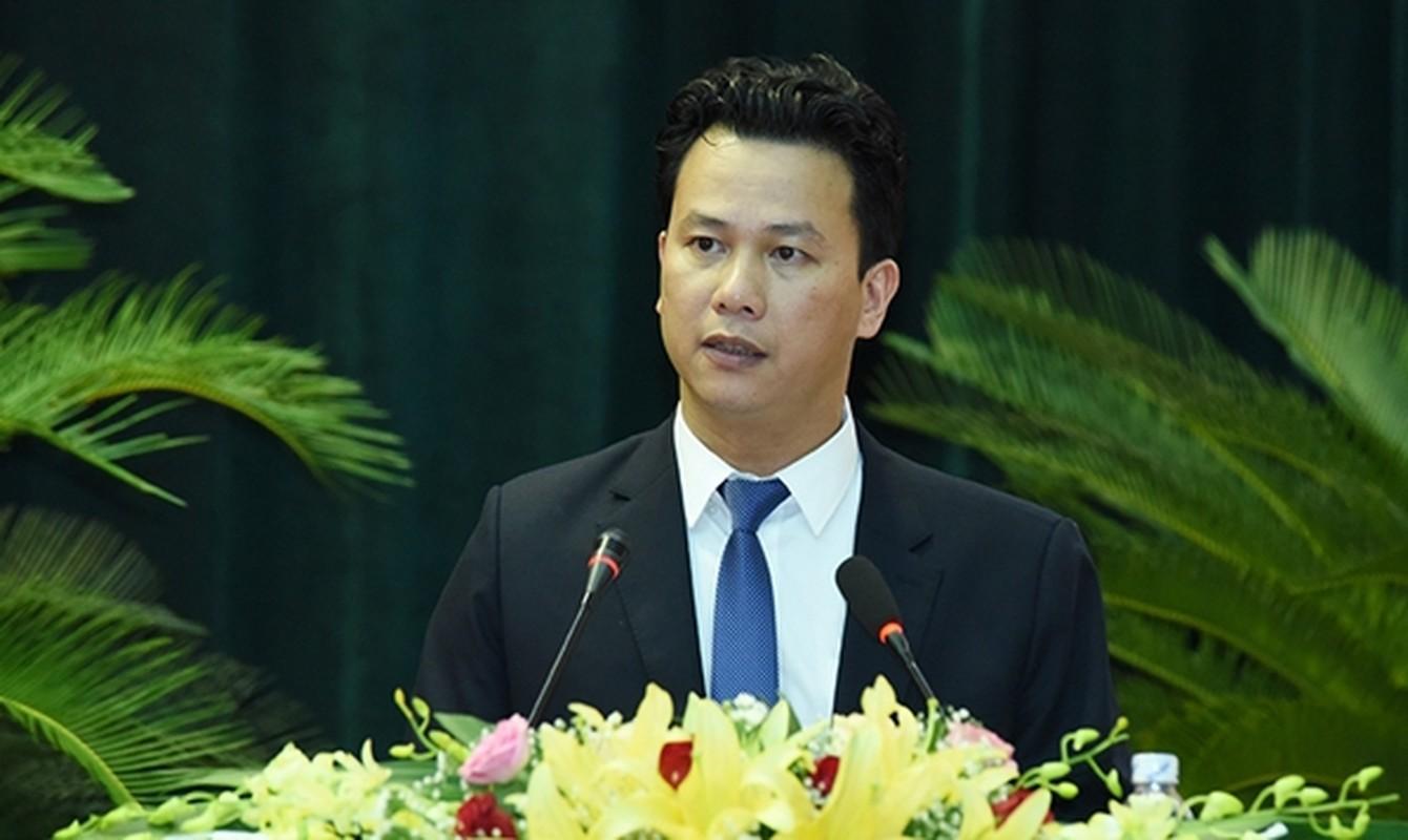 Chan dung 15 Bi thu tinh, thanh vua duoc Bo Chinh tri bo nhiem-Hinh-33