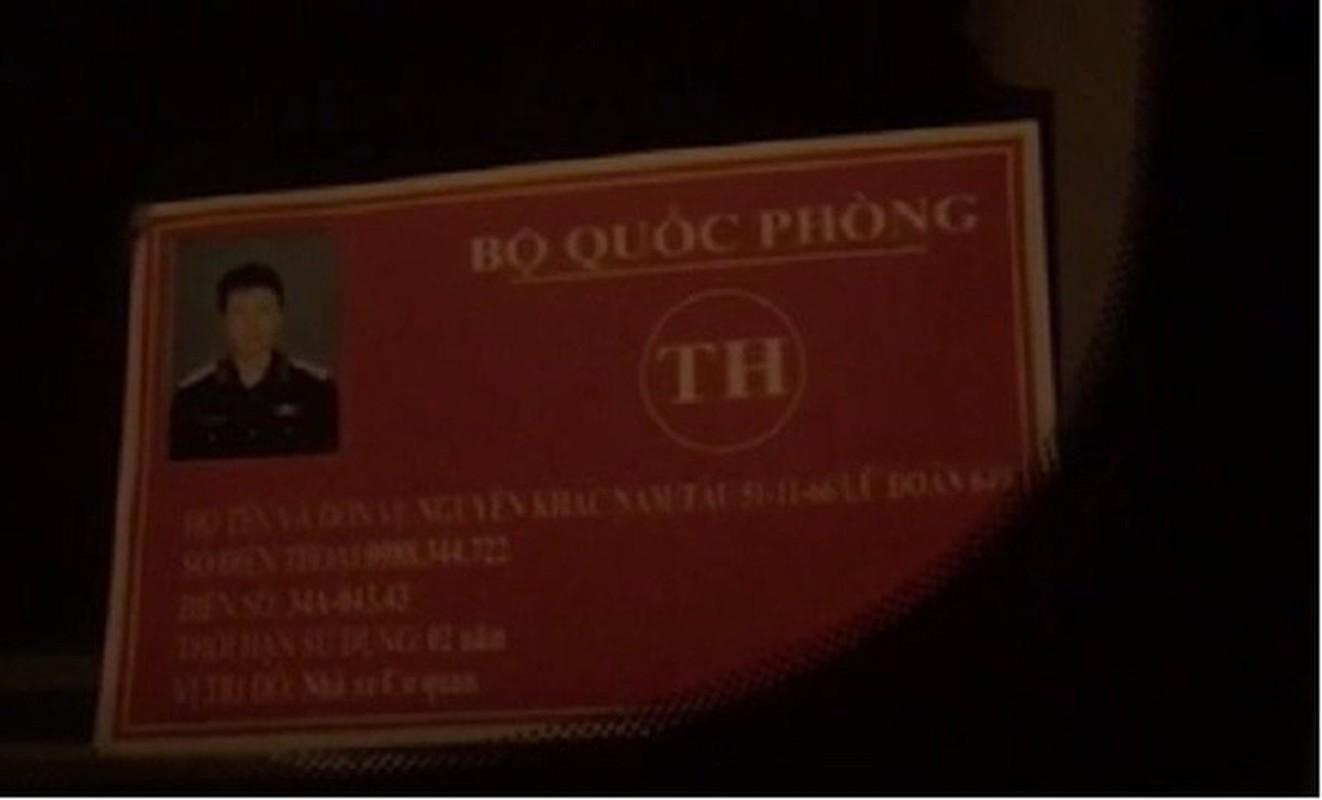 Tin nong ngay 8/6: Rolls-Royce Phantom chay phung phung - CSCD Ky binh dieu hanh-Hinh-5