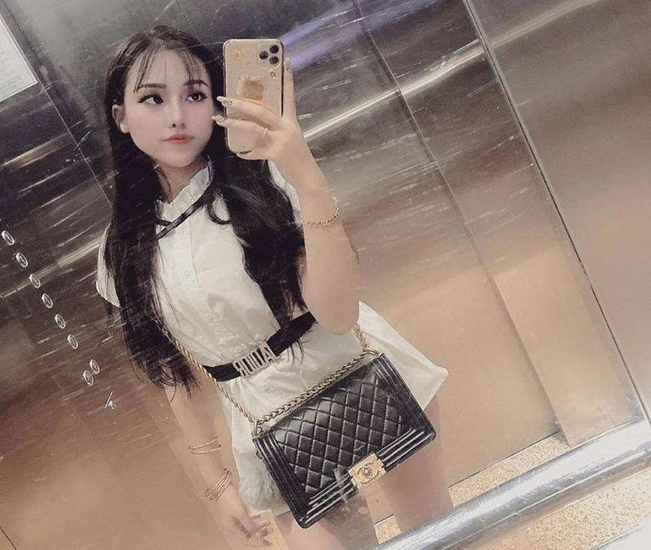 Chan dung hotgirl sinh vien truong CD cam dau duong day ma tuy lien tinh-Hinh-3