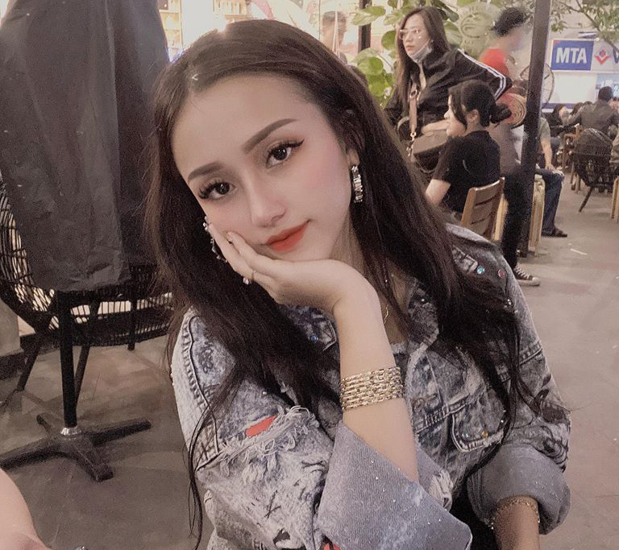Chan dung hotgirl sinh vien truong CD cam dau duong day ma tuy lien tinh-Hinh-5