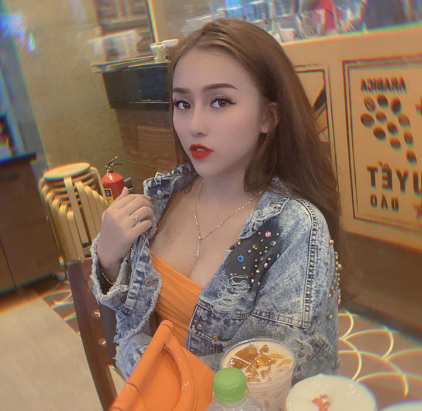 Chan dung hotgirl sinh vien truong CD cam dau duong day ma tuy lien tinh-Hinh-6