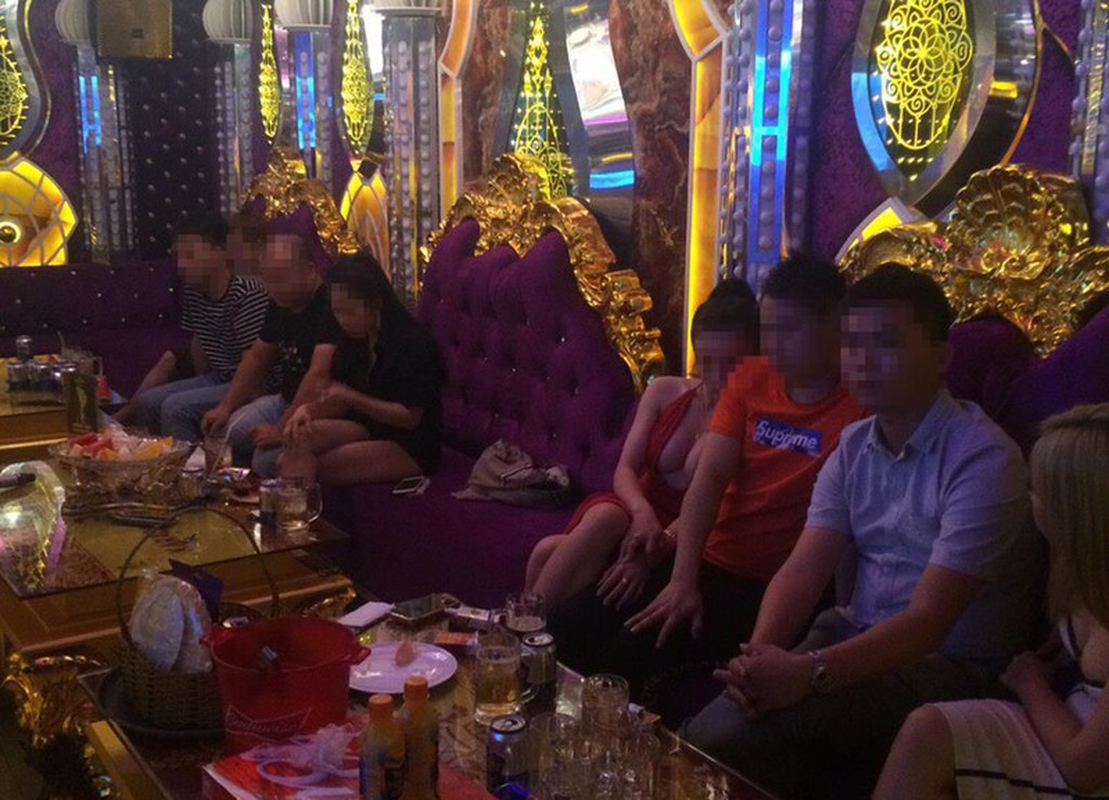"""Xet xu """"dai gia"""" Phuc XO: Khong the tu di, dong pham diu vao toa-Hinh-5"""