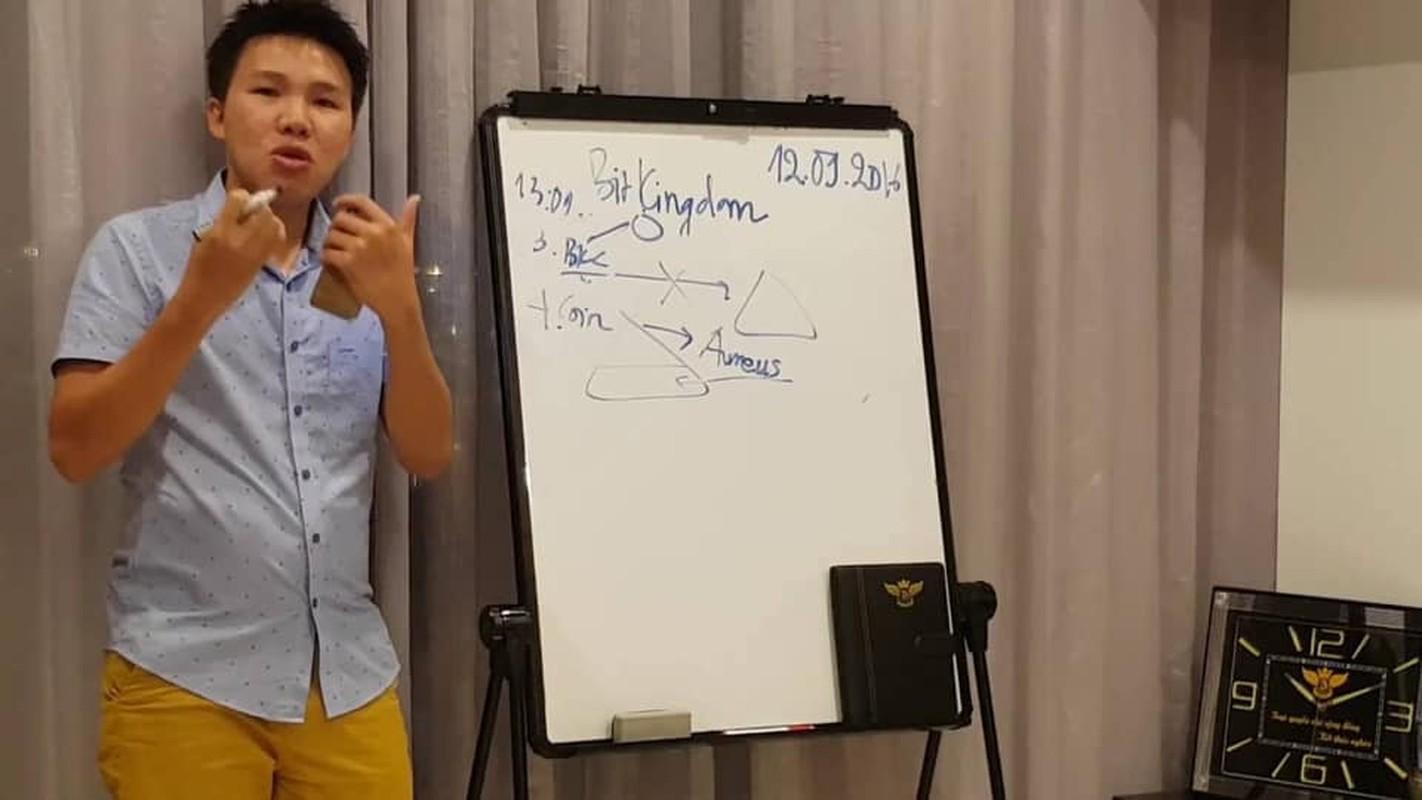 "Chan dung doanh nhan tien ao bi cuop 35 ty: Tung dinh ""lum xum"" tai tieng-Hinh-3"