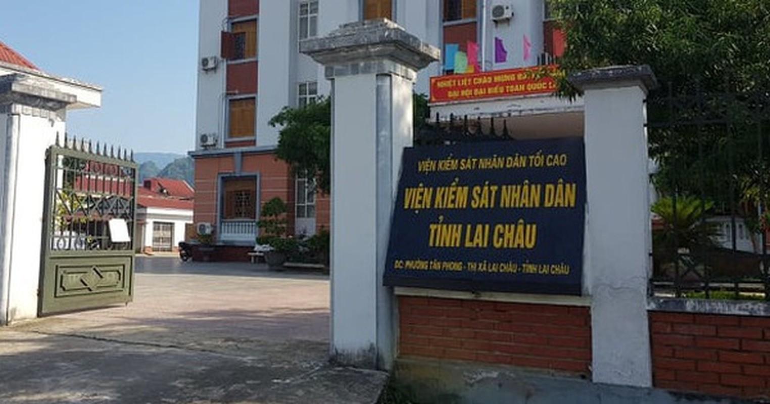 """Tin nong ngay 25/6: """"Tram"""" hang loat can bo Vien KSND tinh vi danh bac-Hinh-2"""