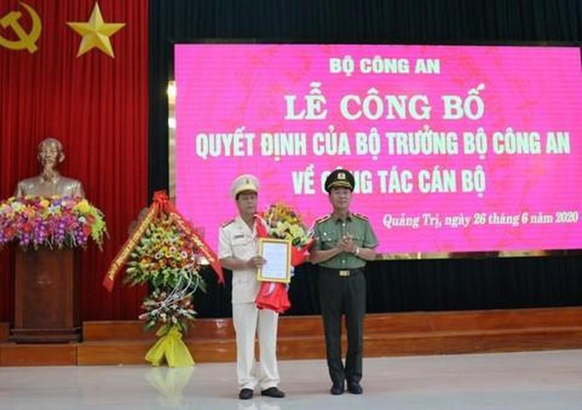 Chan dung 5 tan Giam doc cong an tinh, toi pham cu de chung-Hinh-10