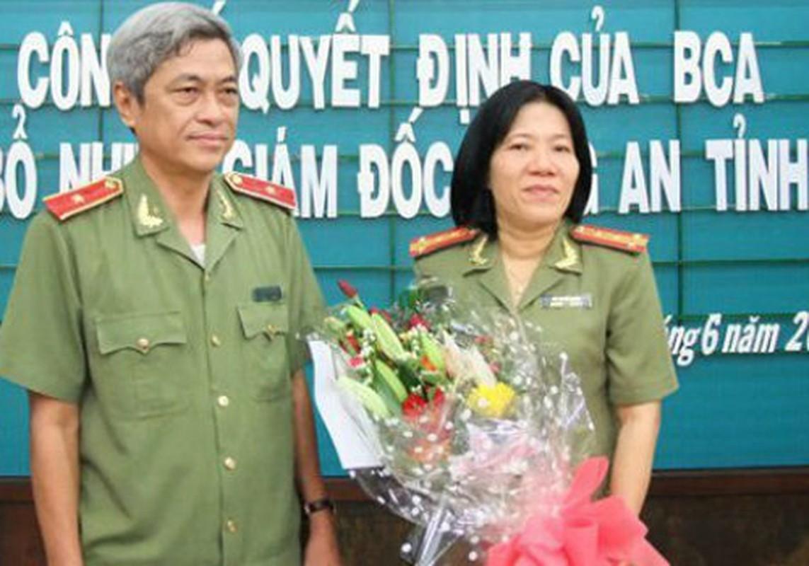 Nu Thieu tuong Cong an dau tien Bui Tuyet Minh nghi huu-Hinh-2
