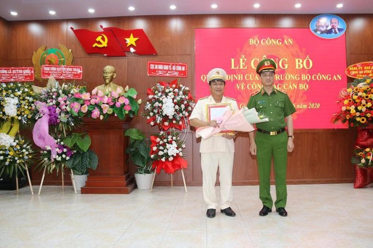 Nu Thieu tuong Cong an dau tien Bui Tuyet Minh nghi huu-Hinh-3