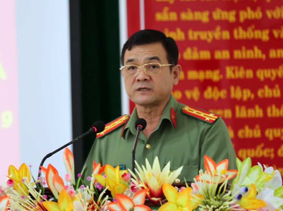 Chan dung 12 dai ta vua duoc bo nhiem Giam doc cong an tinh-Hinh-2