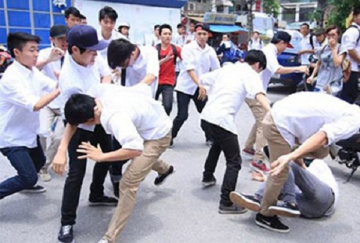 Tin nong ngay 16/7: Khoi to vu an lien quan den lai xe cua chu tich Ha Noi-Hinh-7