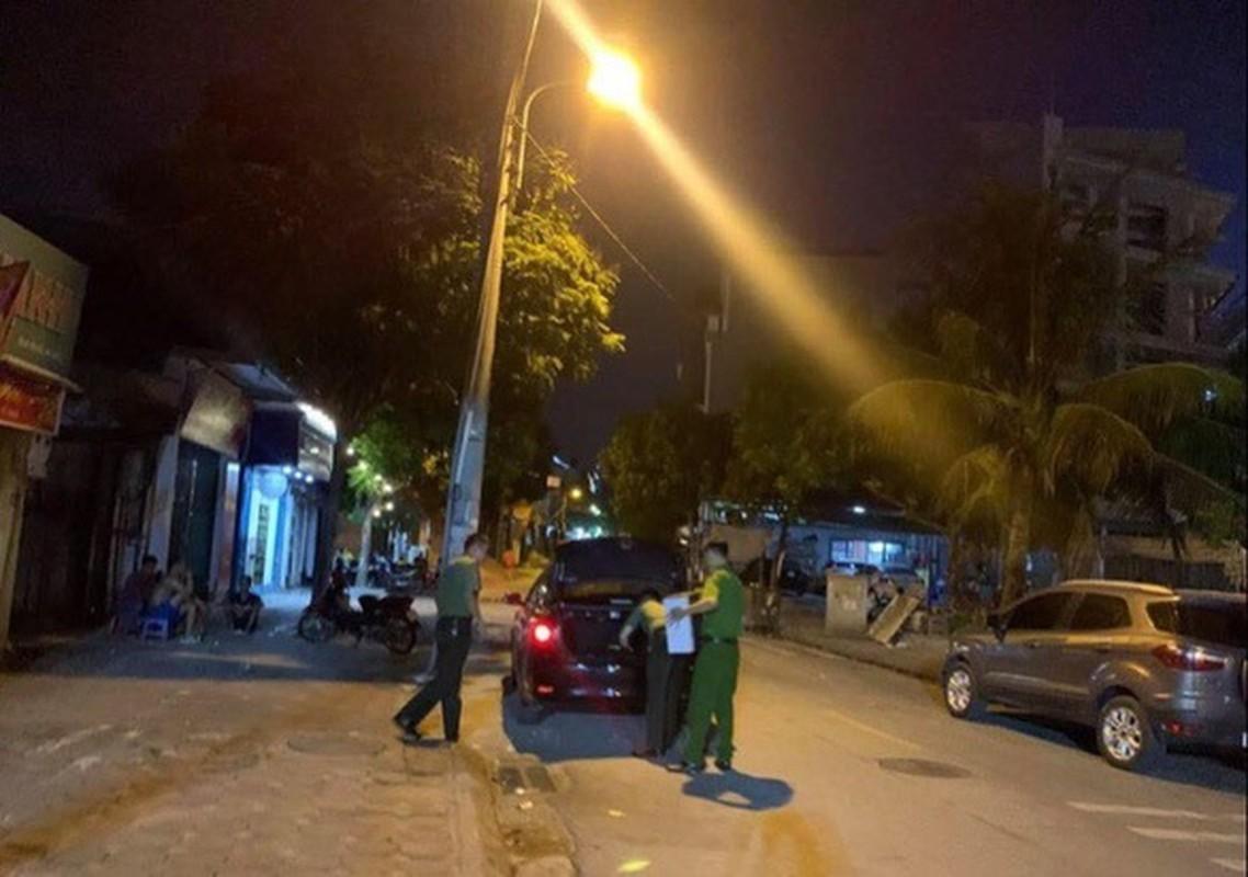 Tin nong ngay 16/7: Khoi to vu an lien quan den lai xe cua chu tich Ha Noi