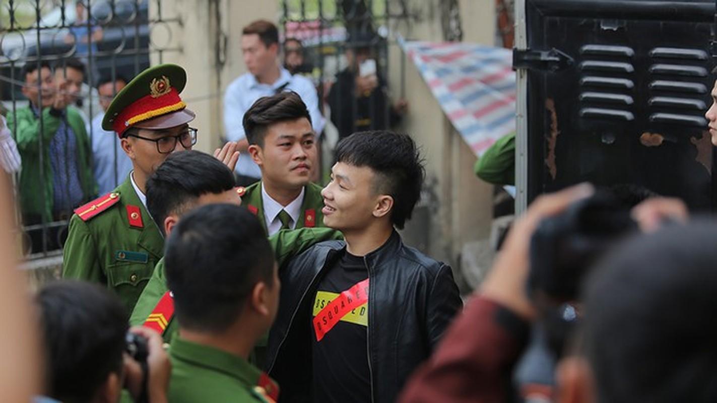 "Thuc hu tin don Kha ""Banh"" bi dam chet trong trai giam-Hinh-4"