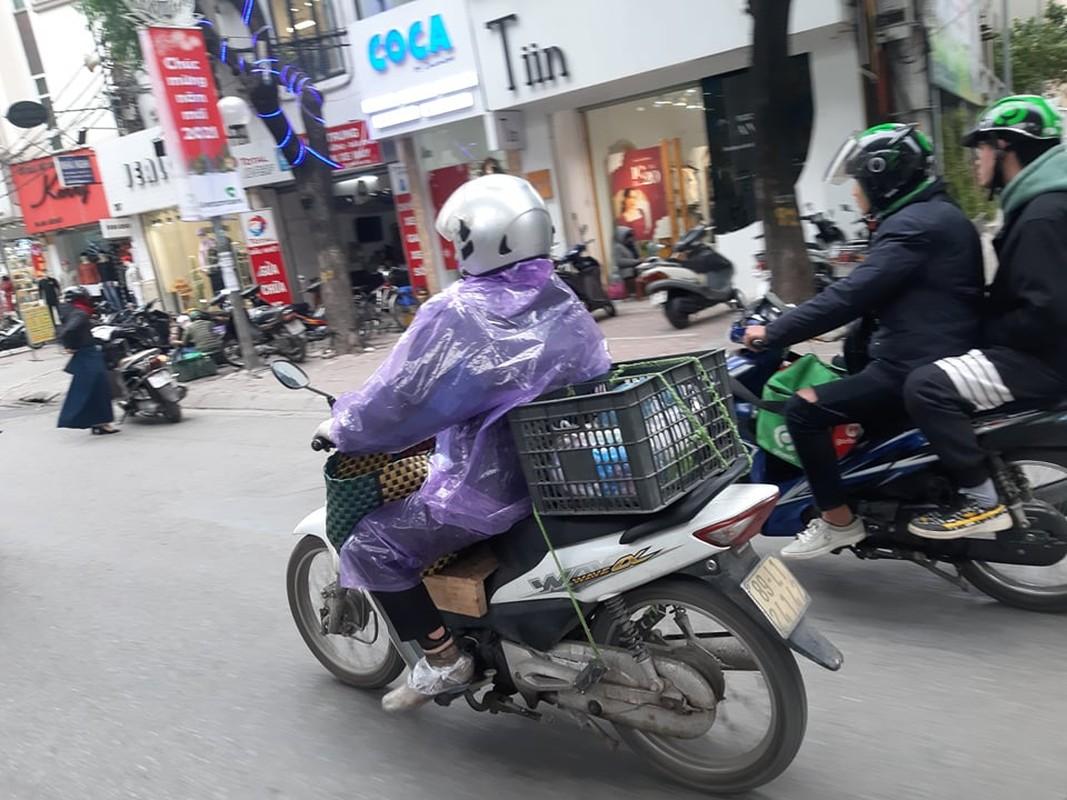 Ha Noi ret sau, hoc sinh co ro di hoc, phu huynh dot lua suoi am-Hinh-8
