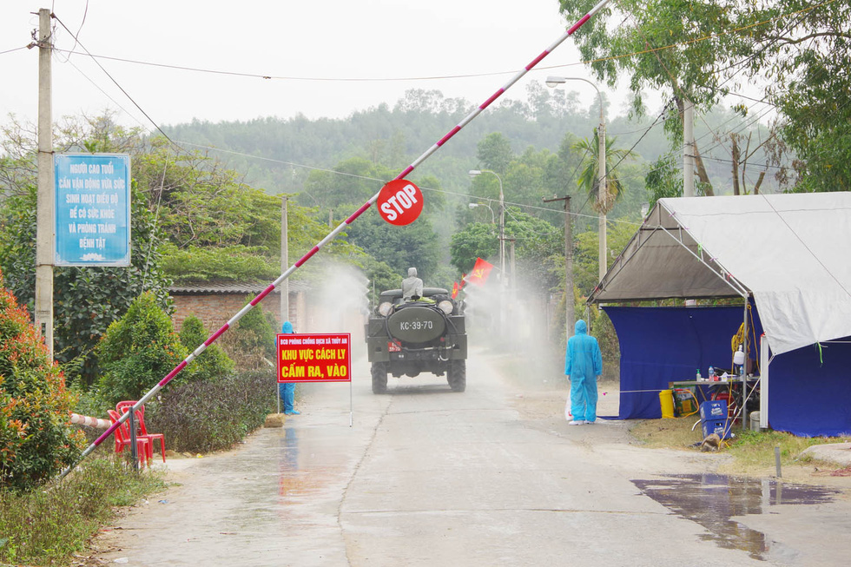 Quang Ninh: Phun khu khuan nhieu khu vuc, lap BV da chien so 3-Hinh-6