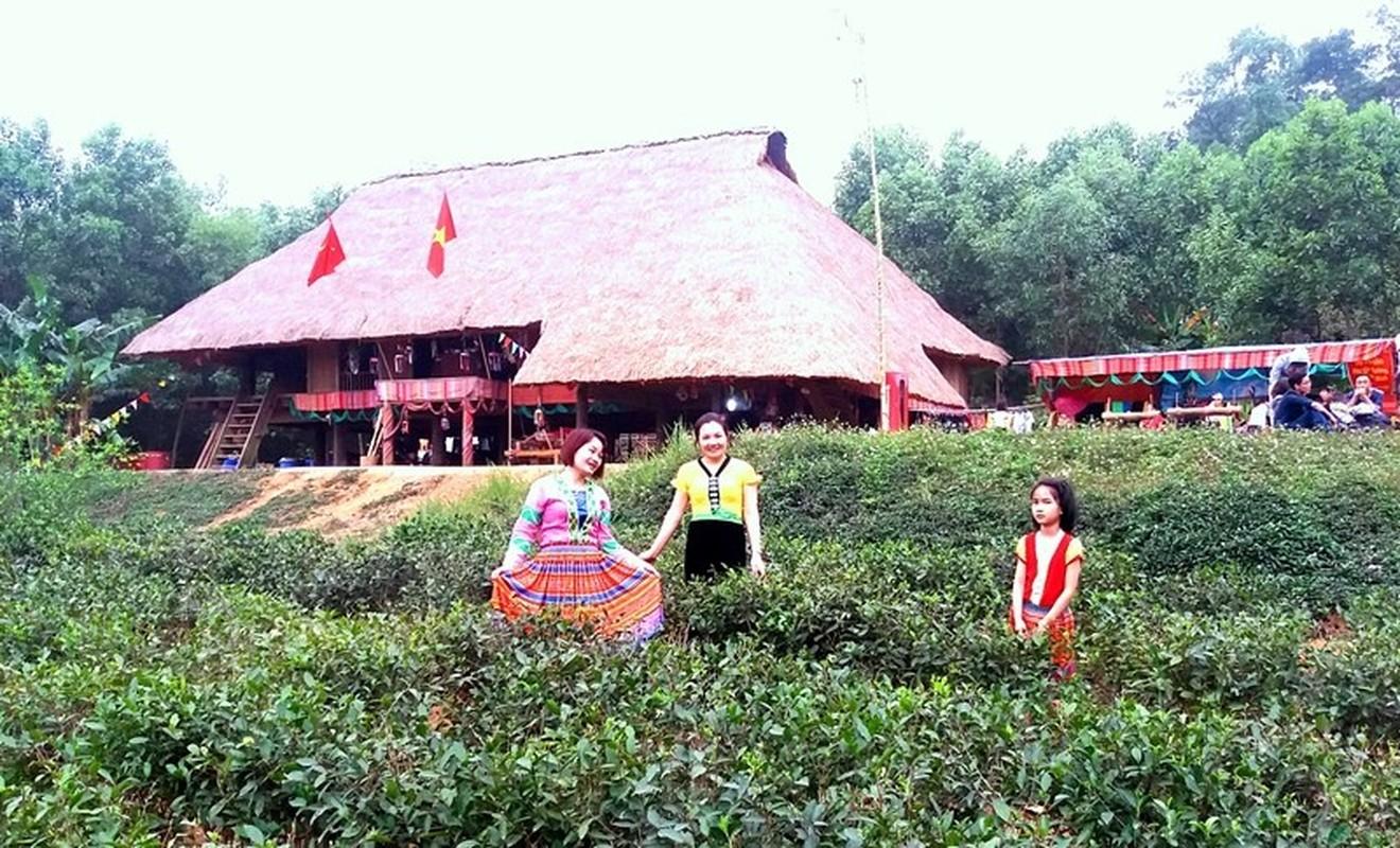 Sac Xuan tren cac ban nguoi muong o Phu Tho va Hoa Binh-Hinh-4