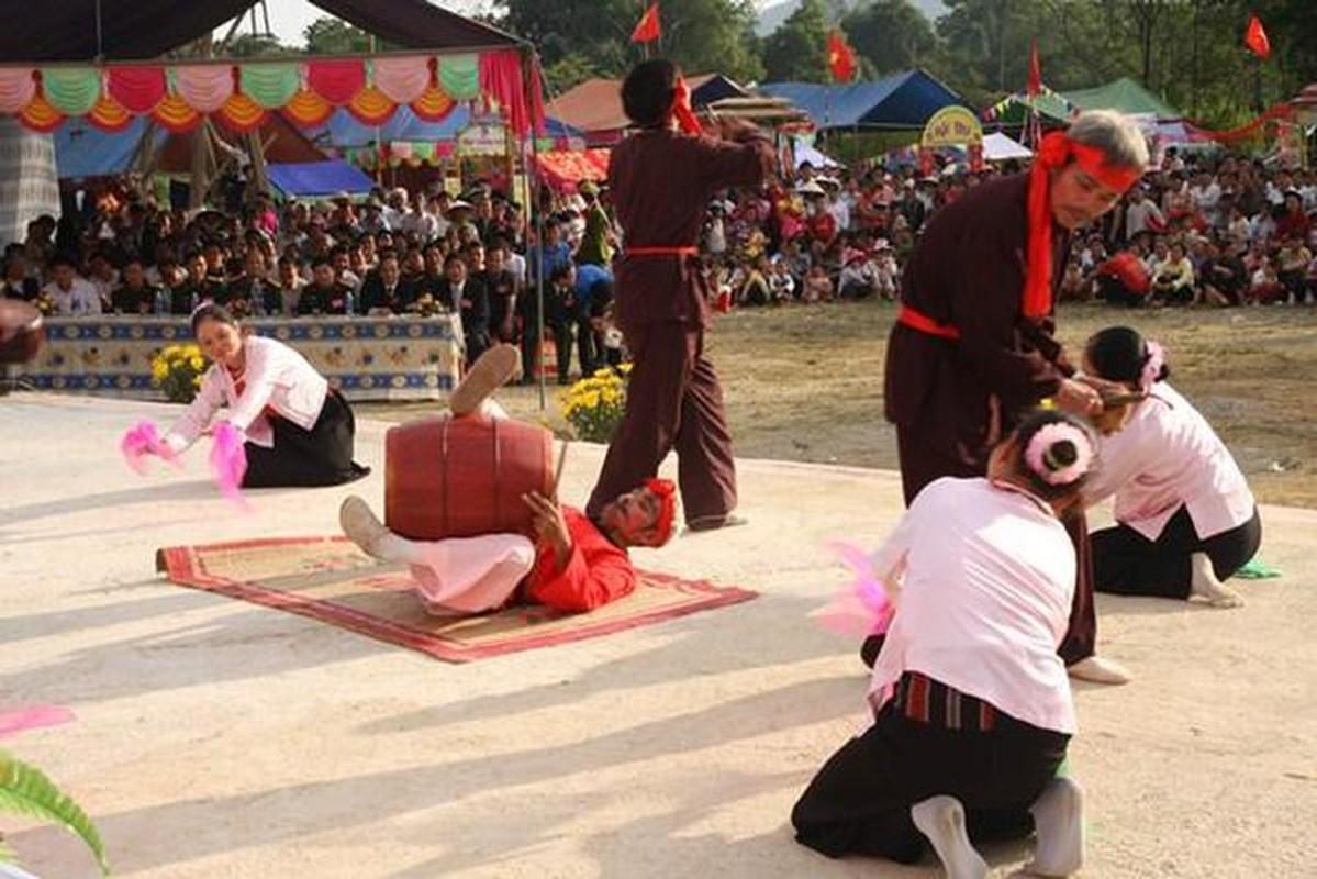 Sac Xuan tren cac ban nguoi muong o Phu Tho va Hoa Binh-Hinh-5