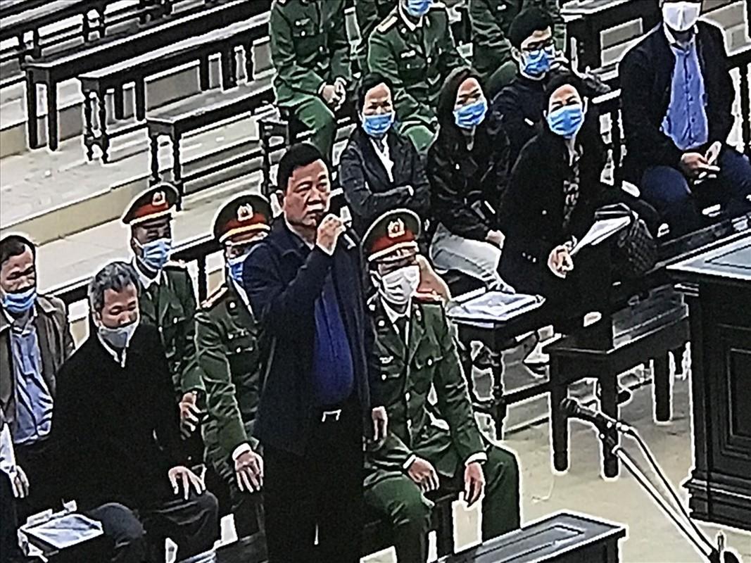 Hinh anh Dinh La Thang va Trinh Xuan Thanh trong phien toa 8/3-Hinh-10