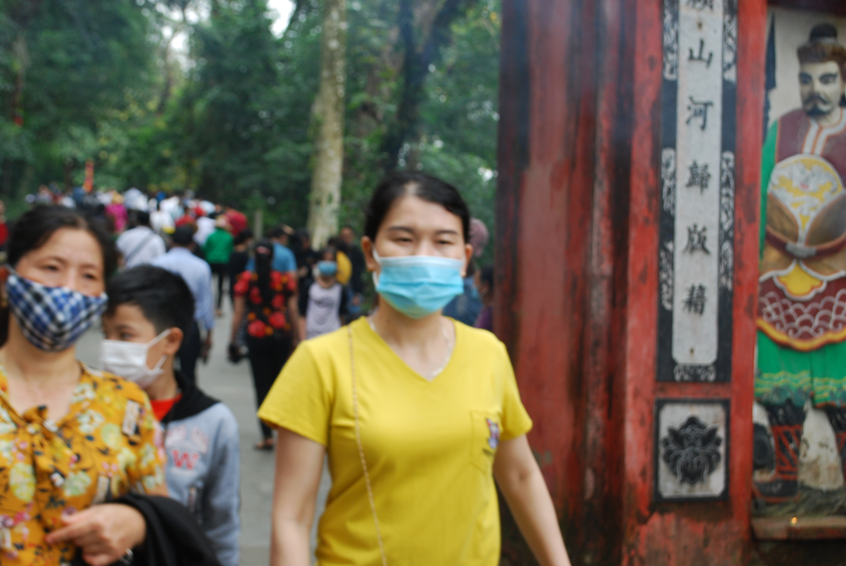 Hang ngan du khach tray hoi Den Hung Tan Suu 2021-Hinh-11
