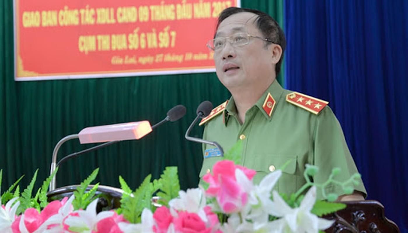 Chan dung 3 thuong tuong vua duoc cho thoi giu chuc Thu truong Bo Cong an-Hinh-3