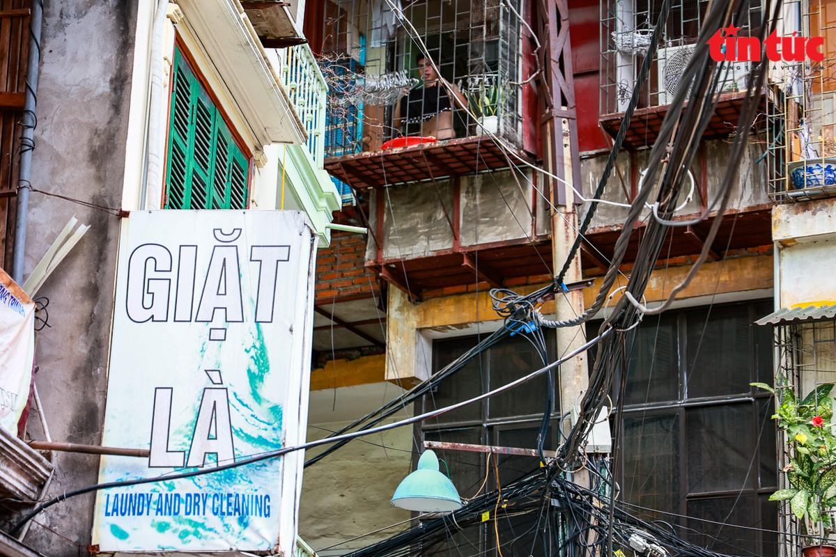 Ha Noi: Can canh cac khu tap the phai di dan khan cap trong mua mua bao-Hinh-12