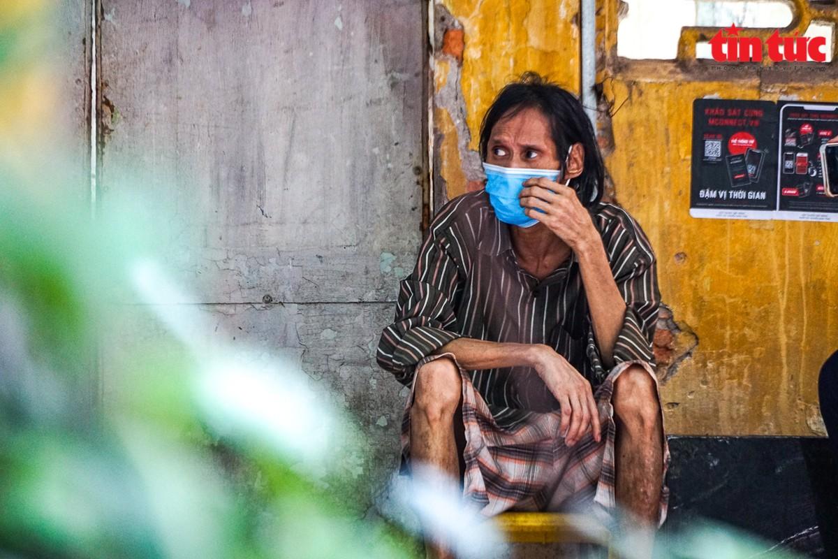 Ha Noi: Can canh cac khu tap the phai di dan khan cap trong mua mua bao-Hinh-13