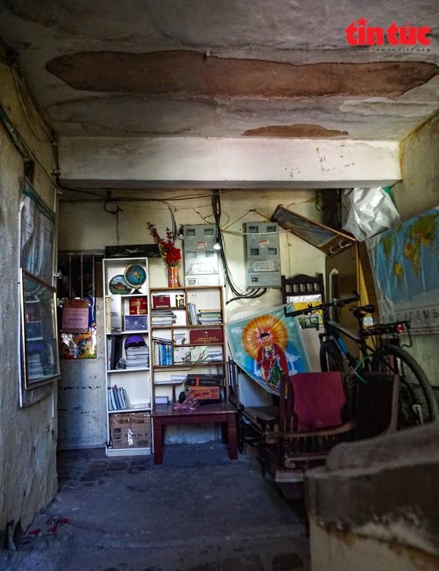 Ha Noi: Can canh cac khu tap the phai di dan khan cap trong mua mua bao-Hinh-8