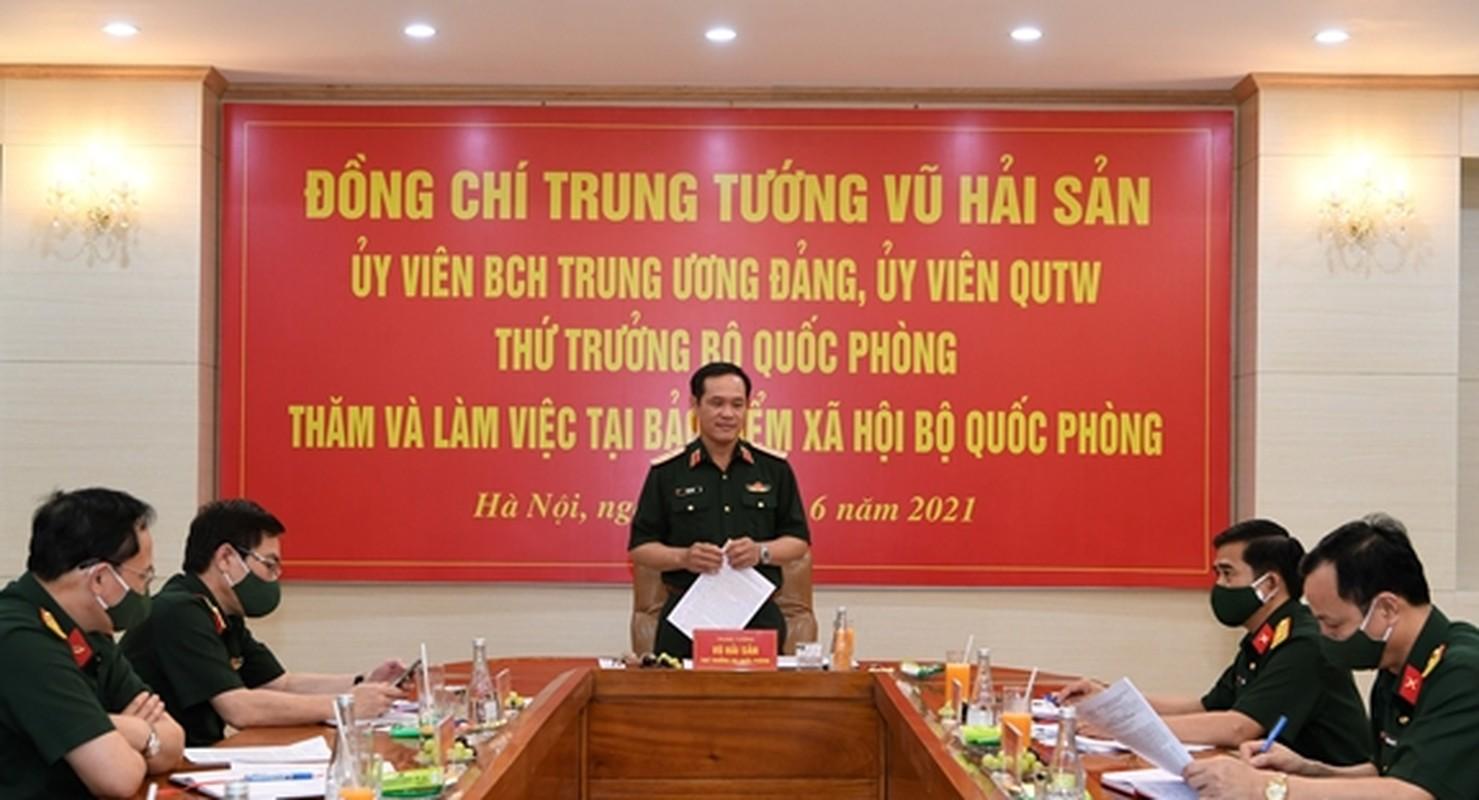 Chan dung Thu truong BQP Vu Hai San vua thang ham Thuong tuong-Hinh-8