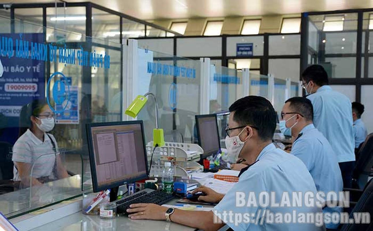 """""""Tau"""" hang lau bang xe cho rac, conteiner: """"Vai thua che mat thanh""""-Hinh-7"""