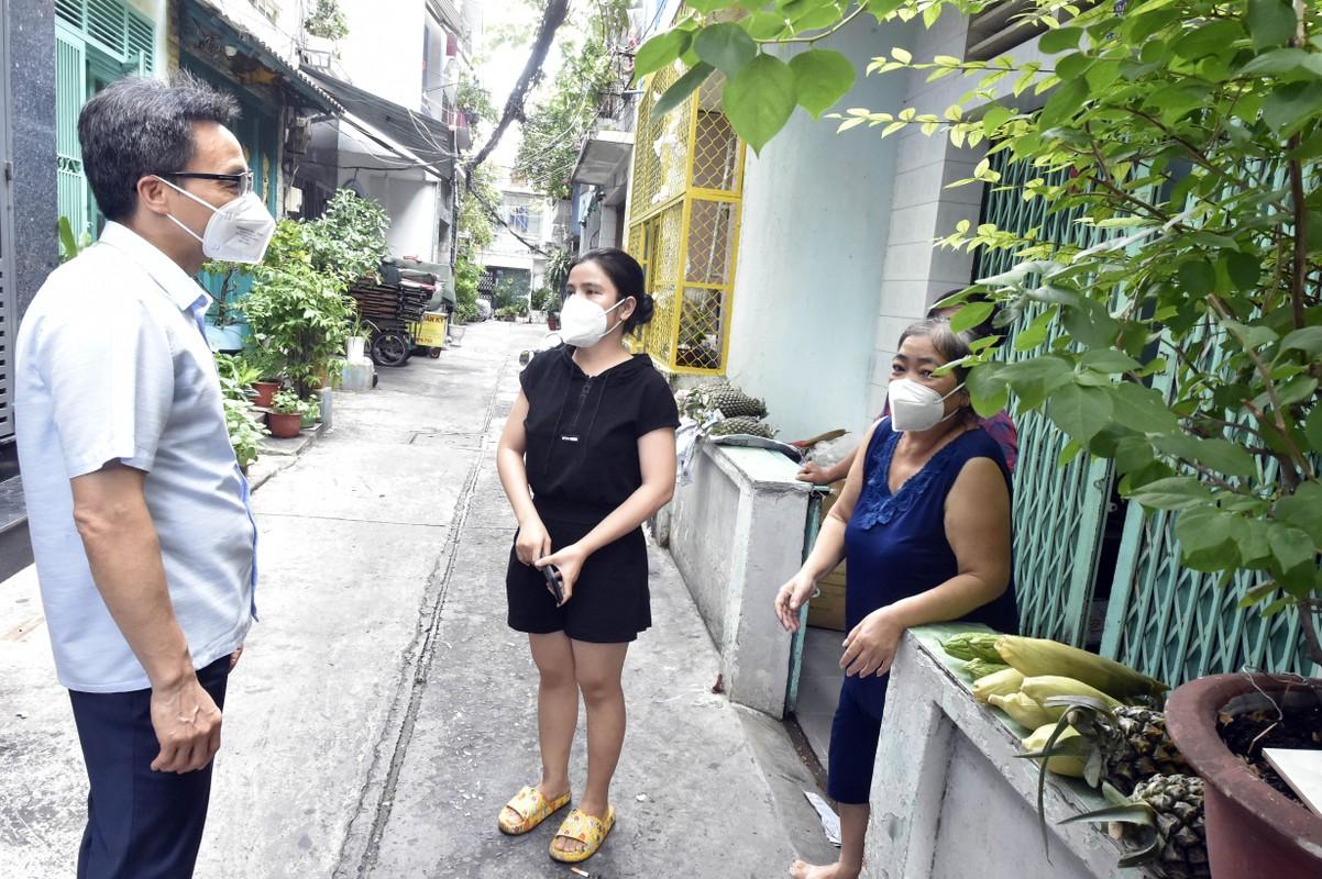 Pho Thu tuong Vu Duc Dam gap go, dong vien shipper, nguoi dan TP.HCM-Hinh-10