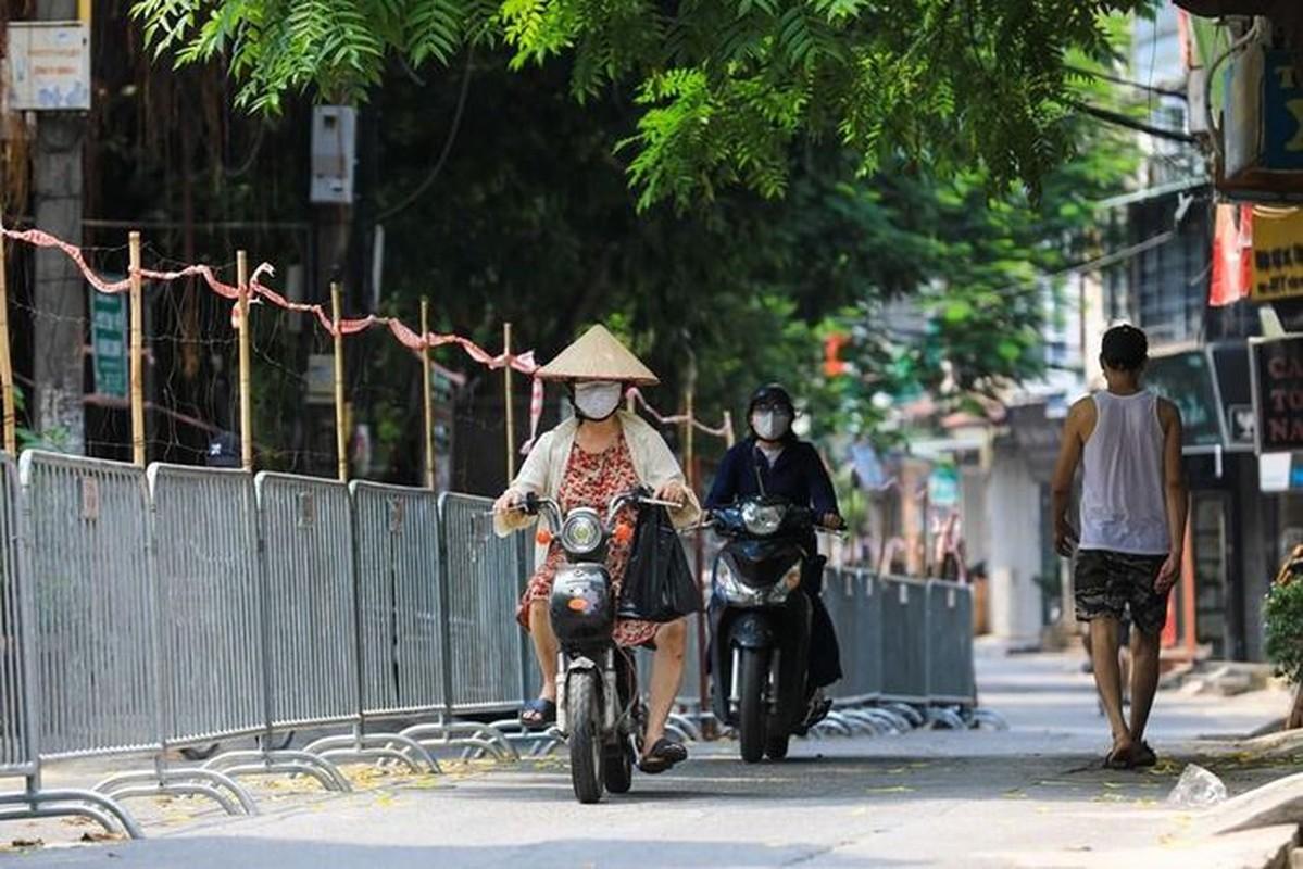 Cuoc song cua nguoi dan 3 'o dich' o Ha Noi dan binh thuong-Hinh-17