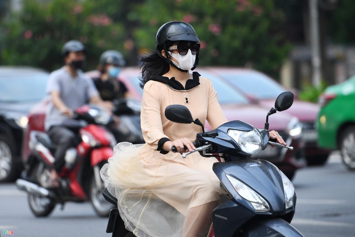 Duong Ha Noi lai dong duc xe co nhu chua he co COVID-19-Hinh-5
