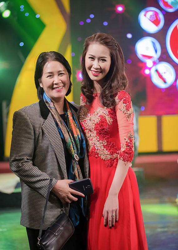 Duong Thuy Linh do sac cung ca si Ngoc Anh-Hinh-8