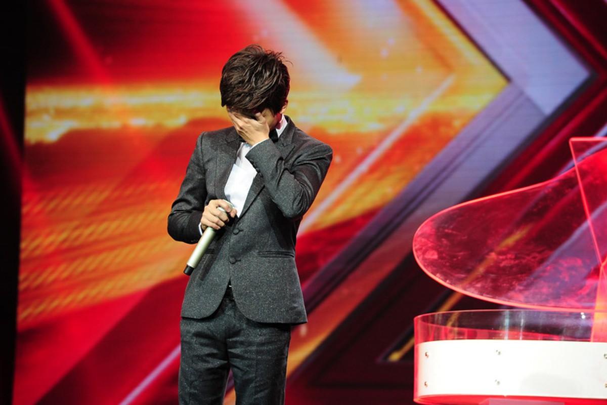 Hoang tu buon cua The X-Factor 2016 lay nuoc mat khan gia-Hinh-4