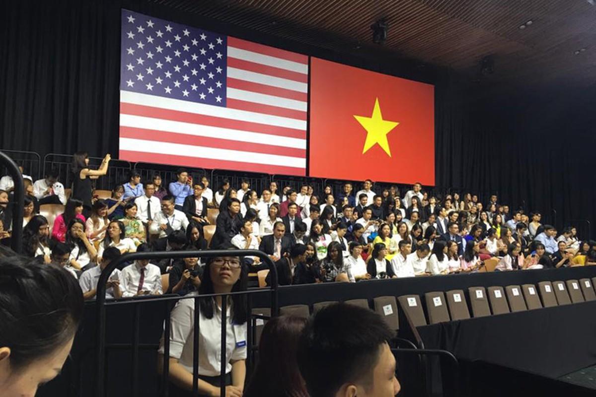 Khanh Thi Lan Phuong hao huc cho gap Tong thong Obama-Hinh-6