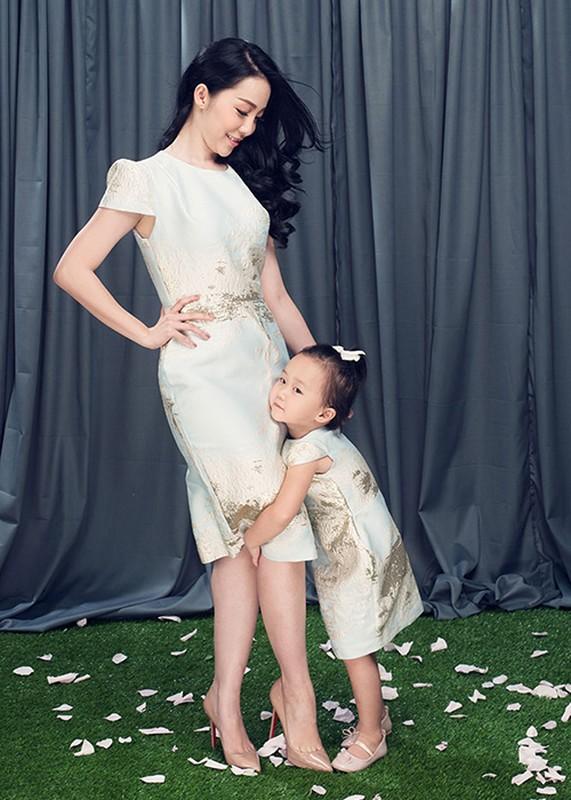 Linh Nga dien do doi cung con gai xinh nhu thien than-Hinh-3