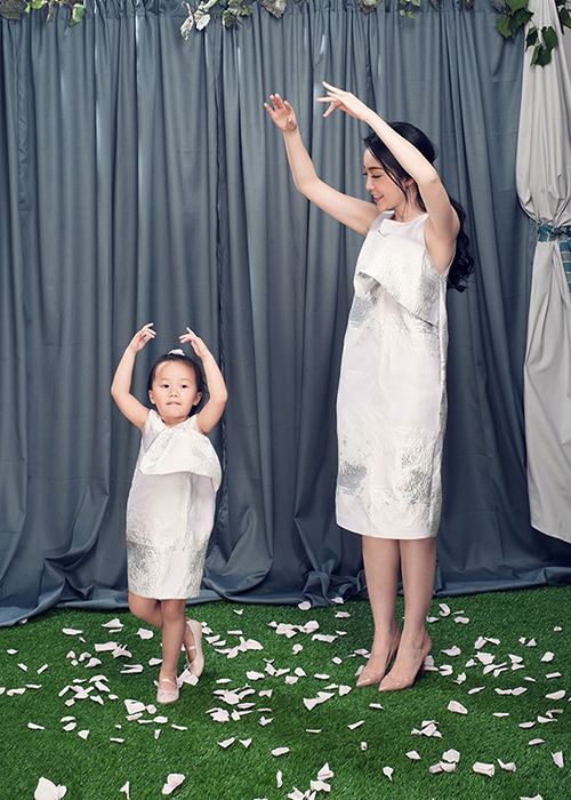 Linh Nga dien do doi cung con gai xinh nhu thien than-Hinh-6