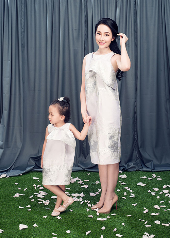 Linh Nga dien do doi cung con gai xinh nhu thien than-Hinh-7