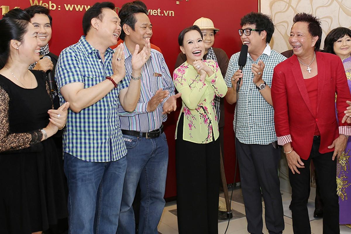 Viet Huong vui suong vi duoc dung tuong sap-Hinh-3
