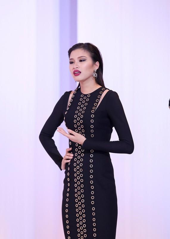 Nhan sac thi sinh bi Pham Huong loai khoi The Face-Hinh-6