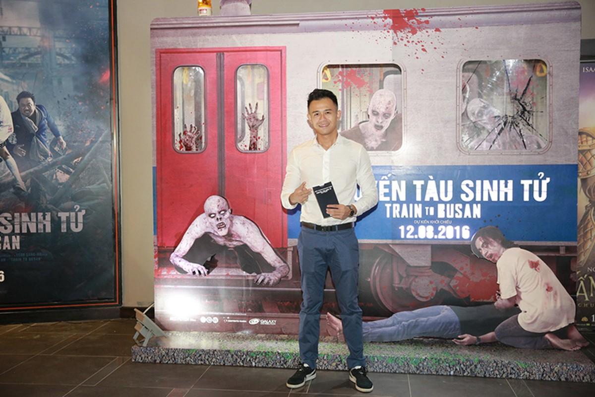 Ly Hai Minh Ha vui ve di xem phim kinh di-Hinh-10