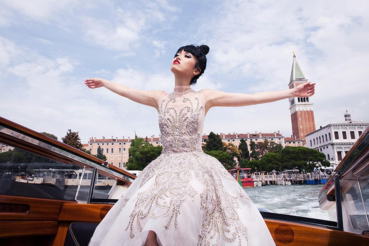 Jessica Minh Anh chon tau khong lo cho show thoi trang moi-Hinh-12