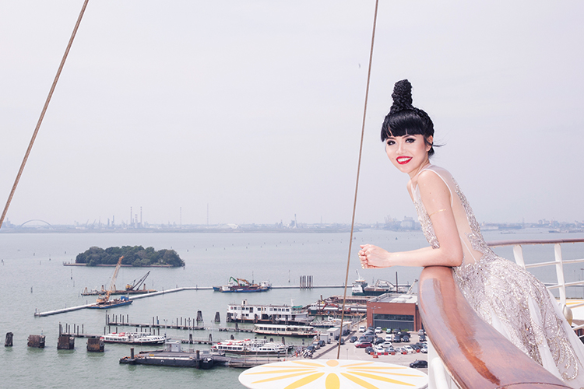 Jessica Minh Anh chon tau khong lo cho show thoi trang moi-Hinh-3