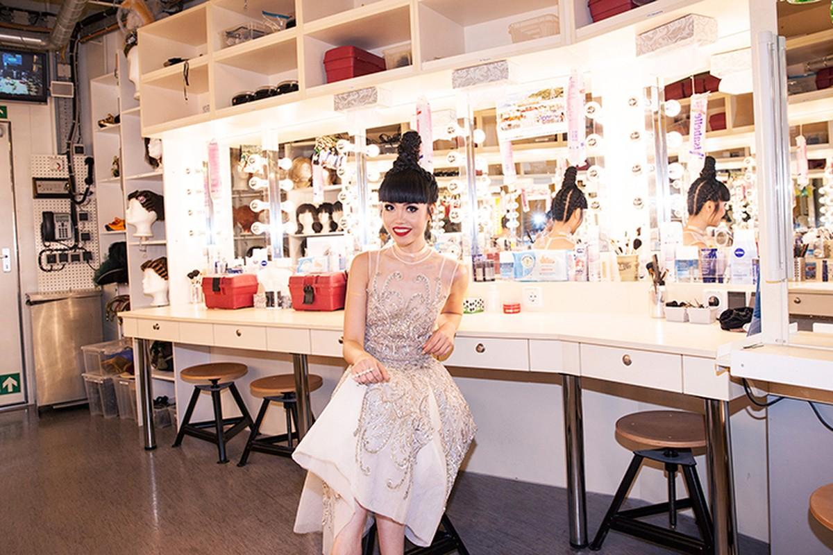 Jessica Minh Anh chon tau khong lo cho show thoi trang moi-Hinh-8