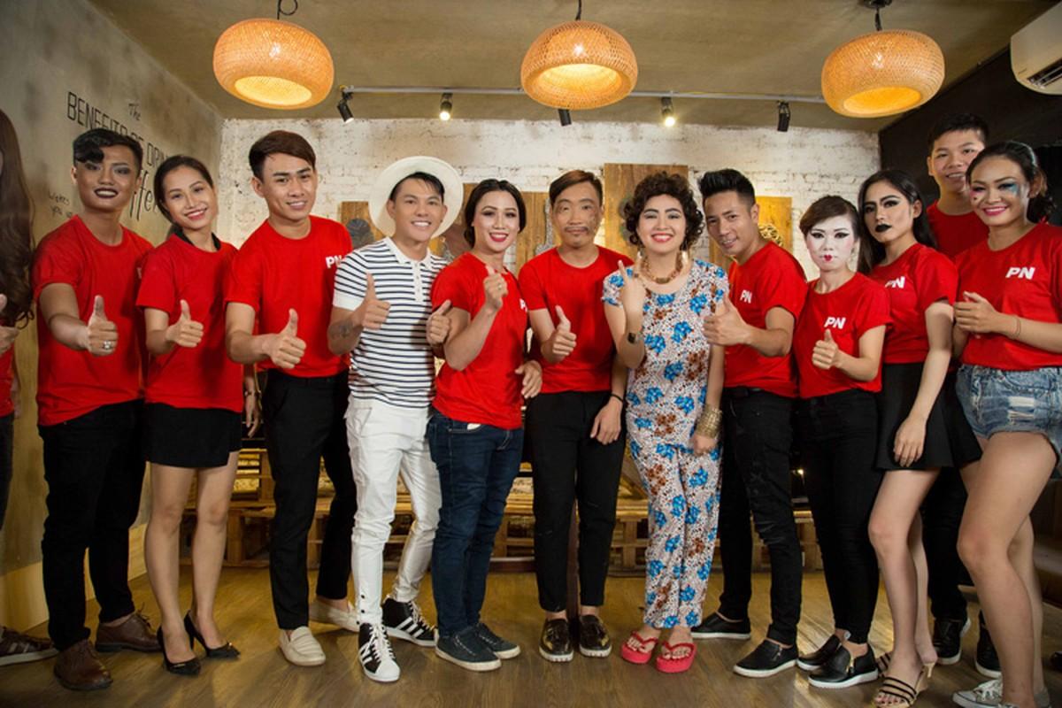 Le Khanh trang diem doc la lam nao loan phong makeup-Hinh-10