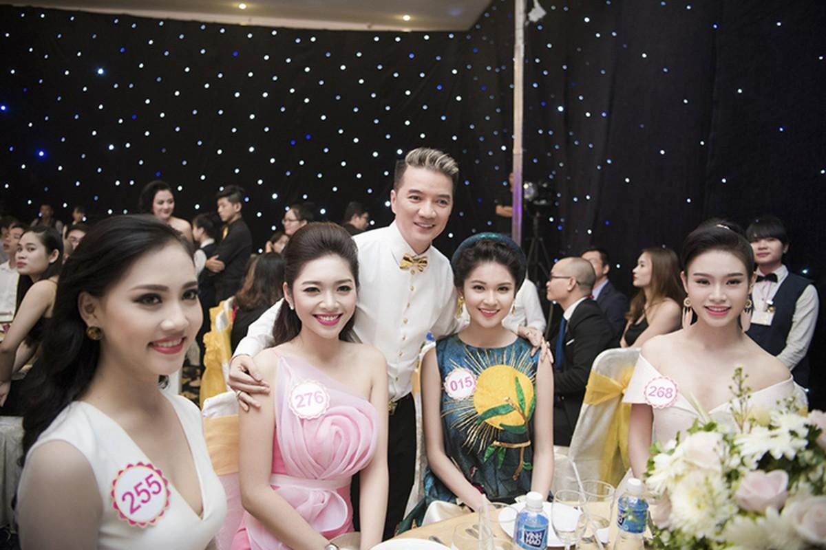Thi sinh HHVN 2016 long lay xuat hien cung Dam Vinh Hung-Hinh-6