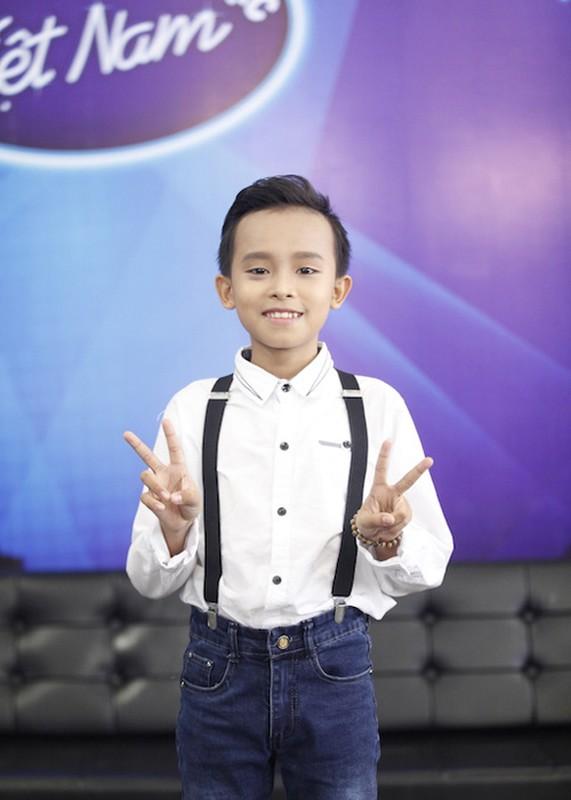 Thu Minh dua gion voi ong xa o hau truong Vietnam Idol-Hinh-7