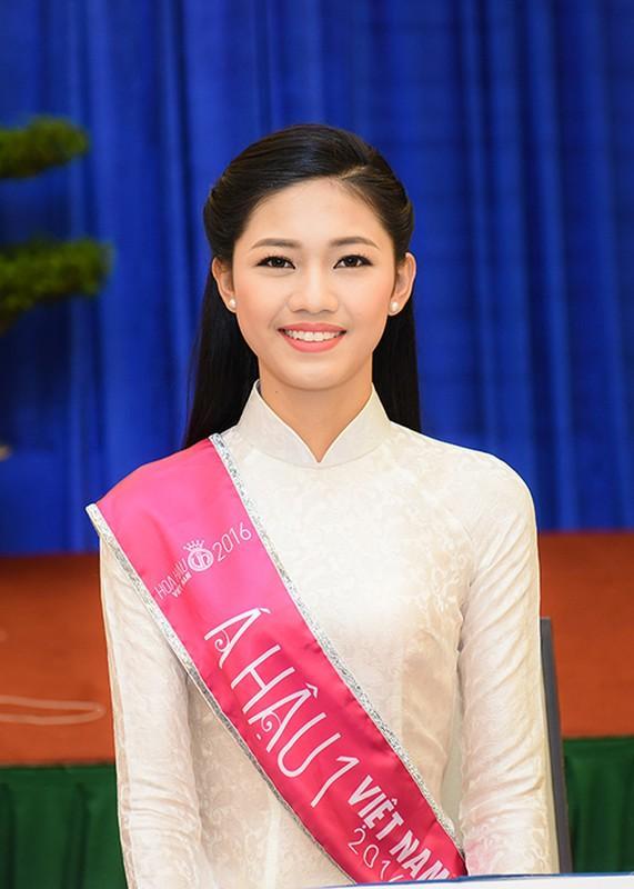 Hoa hau Do My Linh xuat hien rang ro sau dang quang-Hinh-7
