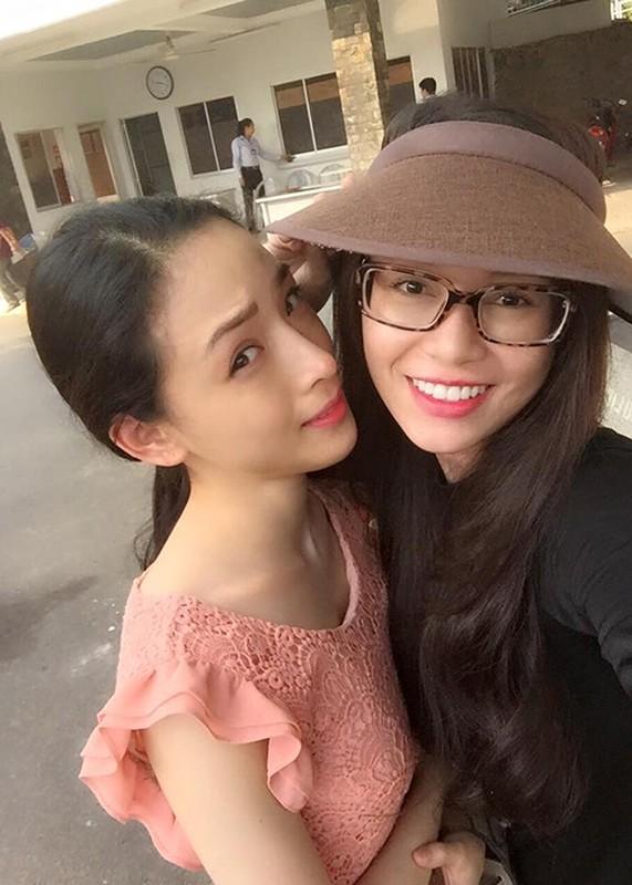 Chan dung nguoi ban vuong vong lao ly cung HH Phuong Nga-Hinh-6
