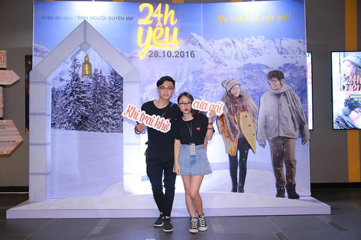 Con gai Thanh Lam tinh cam ben ban trai tai su kien-Hinh-2