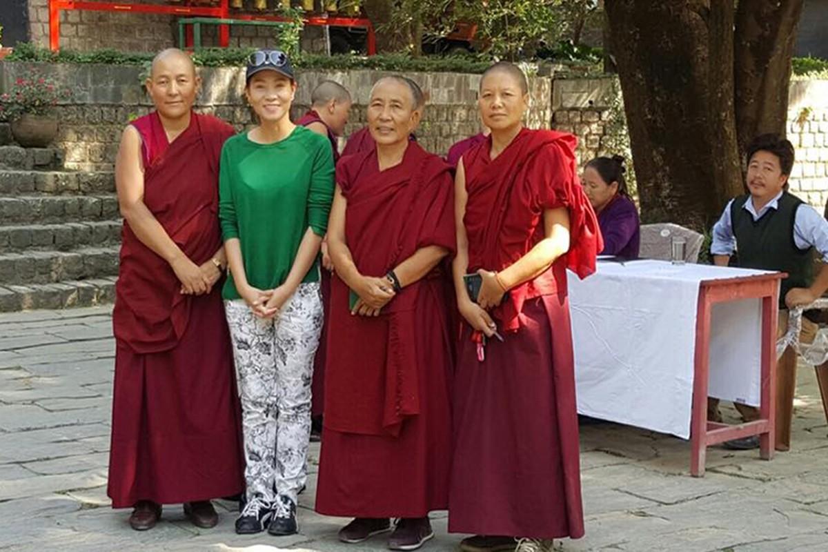 Sau Phuong Thanh Thu Minh hanh huong ve dat Phat-Hinh-2