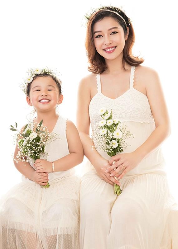 Mang bau lan 3 Jennifer Pham van rat xinh dep-Hinh-8